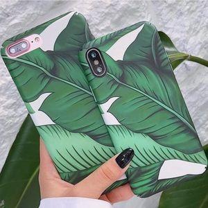NEW iPhone X/XS/7+/8+/6/6S Banana Leaf Case